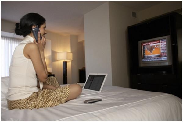 Опасность бытовой техники в спальной комнате