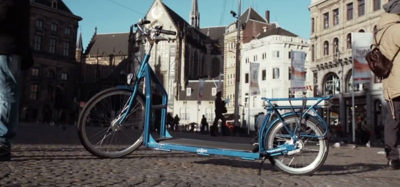 электрический велосипед, совмещенный с беговой дорожкой