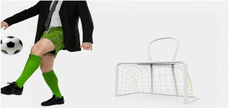 Настульный футбол