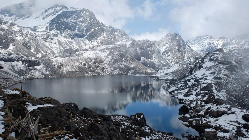 Красивый пейзаж Непала