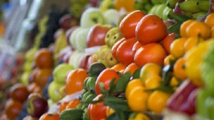 Не мытые овощи и фрукты