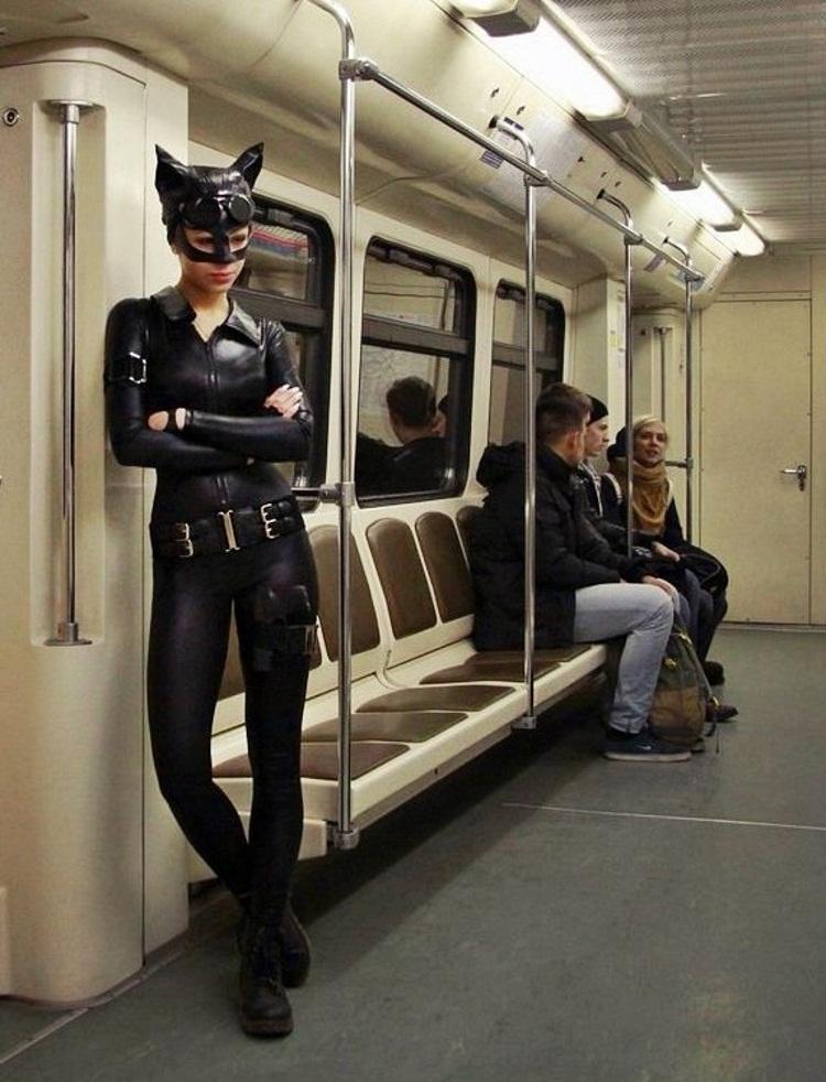 дешевие девушки на питере метро московские